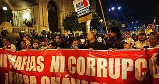 Ciudadanos marcharon exigiendo la salida de Pedro Chávarry