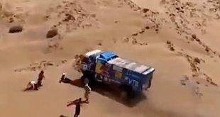 Un espectador del Rally Dakar 2019 fue atropellado por un camión en carrera