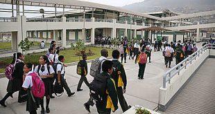 Más de seis millones de escolares de colegios públicos vuelven a las aulas