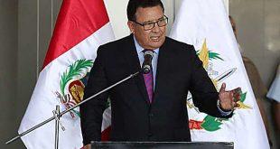 El ministro de Defensa, José Huerta, murió tras un ataque cardíaco