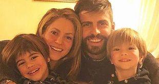 Shakira y Gerard Piqué se muestran más enamorados que nunca durante sus vacaciones
