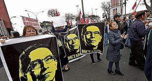 Marcha contra la disolución del Congreso congregó a poca gente