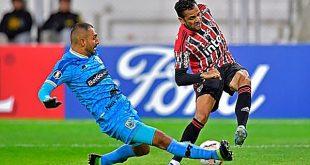 Binacional venció 2-1 a Sao Paulo por la primera fecha del grupo D de la Copa Libertadores